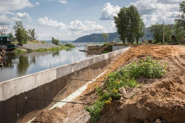 Берегоукрепление бетоном в Киеве